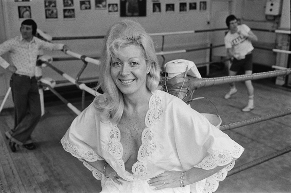 Boxing Ring「Beryl Cameron」:写真・画像(9)[壁紙.com]