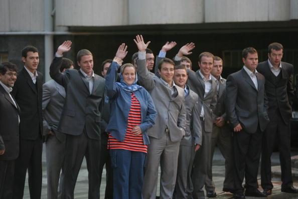 Sailor「15 British Servicemen In Tehran Released」:写真・画像(8)[壁紙.com]