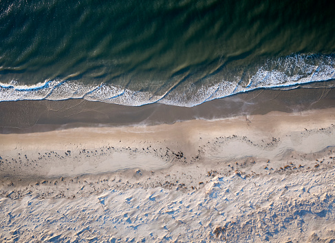 The Nature Conservancy「USA, Virginia, Aerial view of Virginia Coast Reserve, Atlantic Ocean, beach」:スマホ壁紙(10)