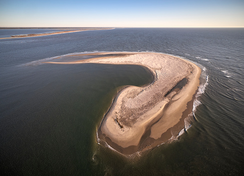 The Nature Conservancy「USA, Virginia, Aerial view of Virginia Coast Reserve, Atlantic Ocean, Island」:スマホ壁紙(6)