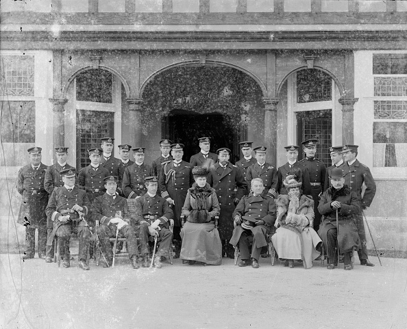 Edwardian Style「The Prince And Princess Of Wales At The Royal Naval College」:写真・画像(14)[壁紙.com]