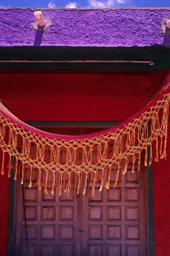 Hammock「Hammock Hanging from a Purple Roof」:スマホ壁紙(6)