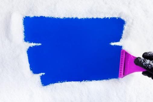 Frost「Ice Scraper on Window」:スマホ壁紙(12)