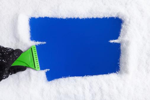 Protective Glove「Ice Scraper on Window」:スマホ壁紙(12)