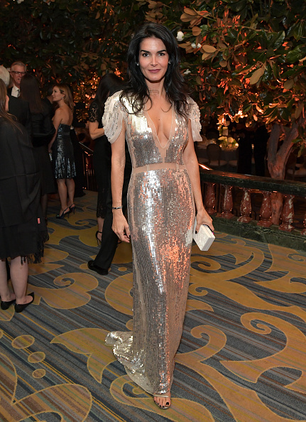 Metallic Dress「Whole Child International's Inaugural Gala In Los Angeles Hosted By The Earl And Countess Spencer - Inside」:写真・画像(4)[壁紙.com]
