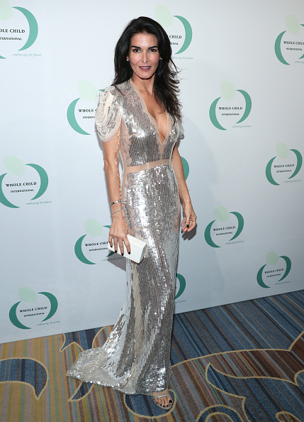 Angie Harmon「Whole Child International's Inaugural Gala In Los Angeles Hosted By The Earl And Countess Spencer - Red Carpet」:写真・画像(1)[壁紙.com]