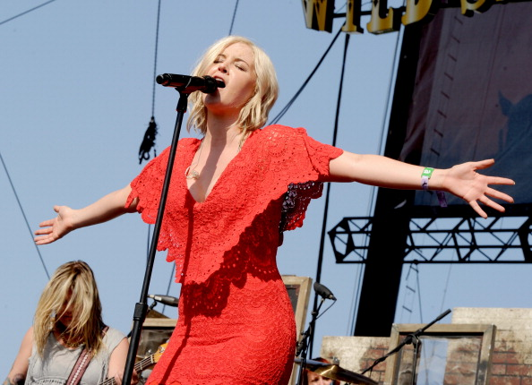 Scalloped - Pattern「2013 Stagecoach California's Country Music Festival - Day 1」:写真・画像(16)[壁紙.com]
