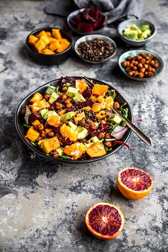 Roasted「Superfood salad, avocado, beetroot, roasted chickpea, sweet potatoe, beluga lentil and blood orange」:スマホ壁紙(8)