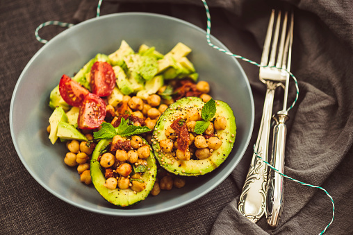 Spinach「Superfood Salad with Avocado, Chickpeas and Dried Tomato」:スマホ壁紙(17)
