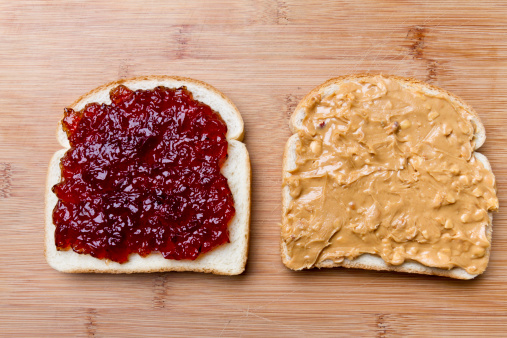 Two Objects「Open Face Peanut Butter and Jelly Sandwich」:スマホ壁紙(14)