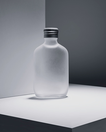 Frosted Glass「Monochromatic Still Life with Bottle」:スマホ壁紙(12)