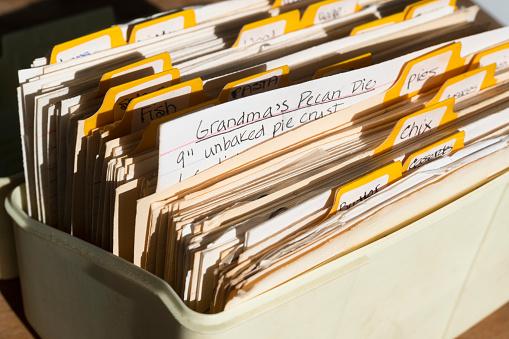 Recipe「Box of old files」:スマホ壁紙(13)