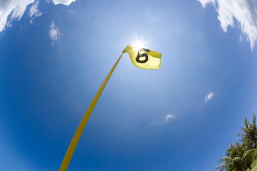 Sixth Hole「Golf flag under the blue sky, lens flare, fish-eye lens, Saipan, USA 」:スマホ壁紙(1)