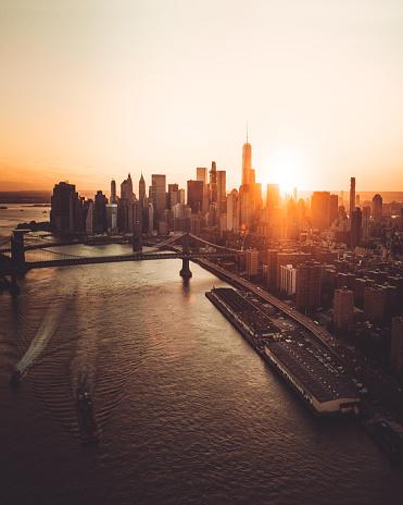Lower East Side Manhattan「manhattan skyline aerial view at dusk」:スマホ壁紙(4)