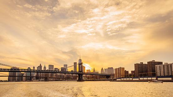 Cruise - Vacation「Manhattan skyline at sunset」:スマホ壁紙(1)