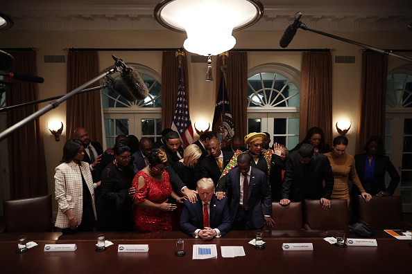 Lying Down「President Trump Meets With African American Leaders In The Cabinet Room」:写真・画像(17)[壁紙.com]
