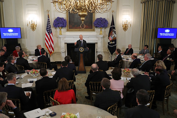 Florida - US State「President Trump Holds White House Business Session With U.S. Governors」:写真・画像(19)[壁紙.com]