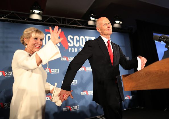 Naples - Florida「Florida Senate Candidate Rick Scott Attends Election Night Event In Naples」:写真・画像(7)[壁紙.com]