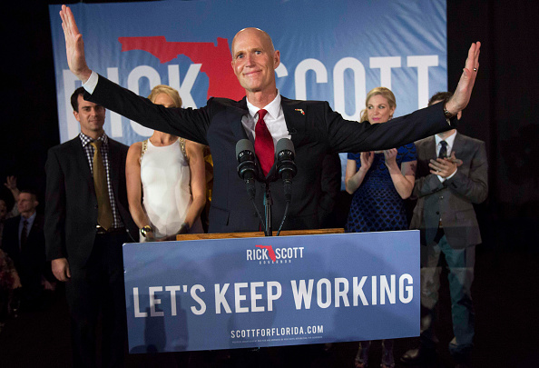 Bonita Springs「Gov. Rick Scott Gathers With Supporters On Election Night」:写真・画像(4)[壁紙.com]