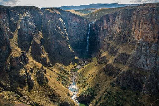 Lesotho「Green valley」:スマホ壁紙(2)