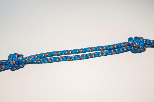 エクストリームスポーツ「piece of climbing rope with knots」:スマホ壁紙(18)