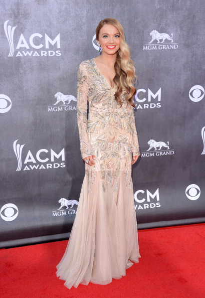 Two-Toned Hair「49th Annual Academy Of Country Music Awards - Arrivals」:写真・画像(0)[壁紙.com]