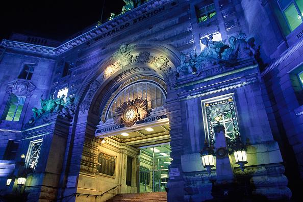 Ornate「Entrance arch to Waterloo Station. London. United Kingdom.」:写真・画像(7)[壁紙.com]