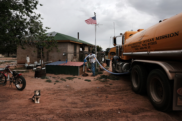 Heat - Temperature「Rising Temperatures And Drought Conditions Intensify Water Shortage For Navajo Nation」:写真・画像(2)[壁紙.com]