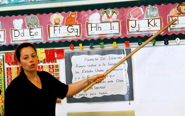 スペイン文化「Monolingual Hispanic Students Learn English」:写真・画像(7)[壁紙.com]