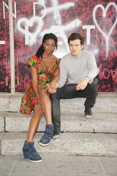 オーランド・ブルーム「'Romeo And Juliet' Broadway Photo Call」:写真・画像(7)[壁紙.com]