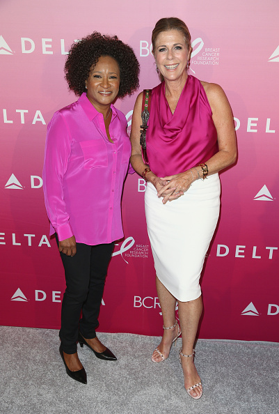 "Breast「Delta Air Lines And The Breast Cancer Research Foundation Host The ""Breast Cancer One"" Dinner」:写真・画像(1)[壁紙.com]"