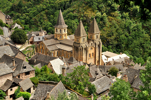 Abbey - Monastery「The Sainte-Foy abbey-church in Conques.」:スマホ壁紙(1)
