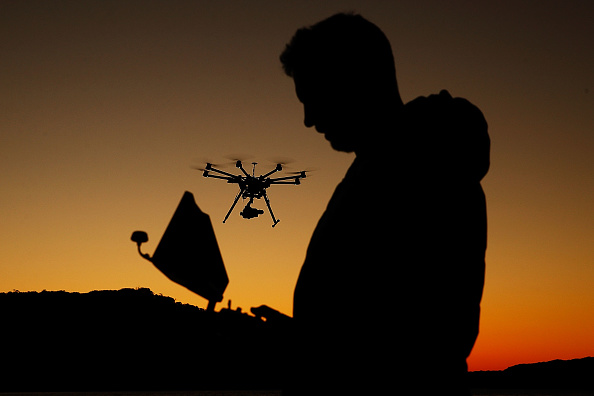 Dow Jones Industrial Average「Drone Photography Raises Questions About Privacy And Safety」:写真・画像(5)[壁紙.com]