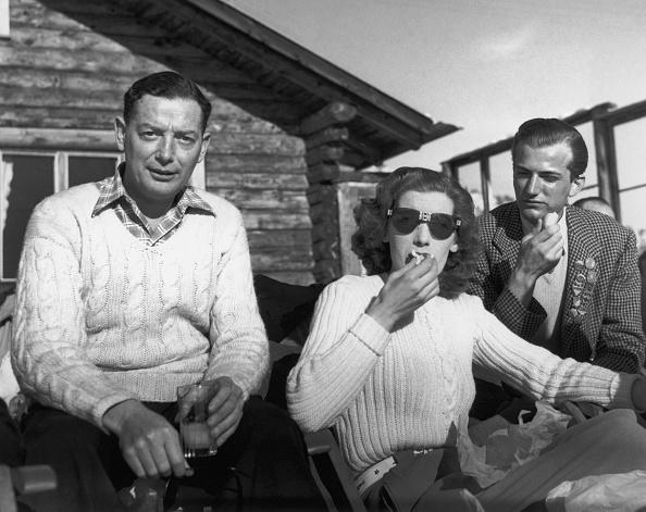 Sweater「Claus Von Bulow」:写真・画像(16)[壁紙.com]