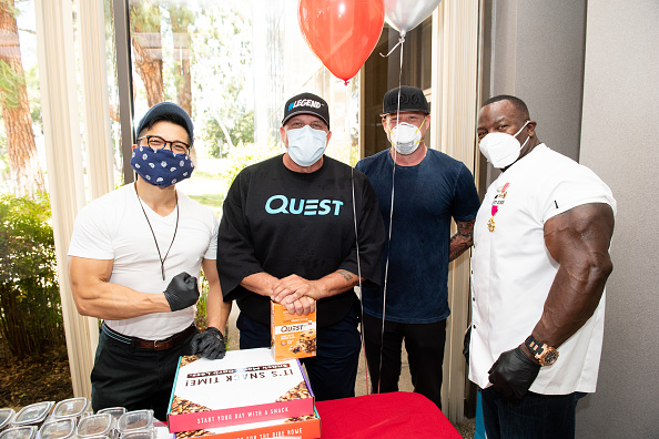 Healthy Eating「Eric The Trainer Partners With Sunfare, Quest Nutrition And Celebrity Clients To Donate Meals To LA Downtown Medical Center」:写真・画像(3)[壁紙.com]