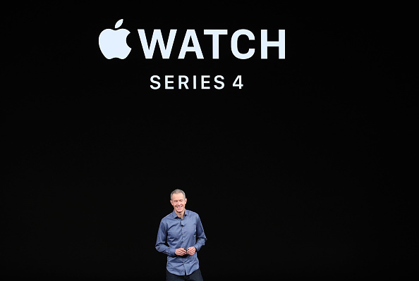 Apple Watch「Apple Debuts Latest Products」:写真・画像(17)[壁紙.com]