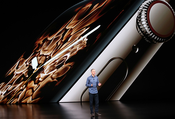 Apple Watch Series 4「Apple Debuts Latest Products」:写真・画像(5)[壁紙.com]