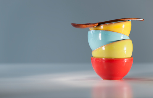 Pottery「Colorful stacked bowls with spoon」:スマホ壁紙(12)
