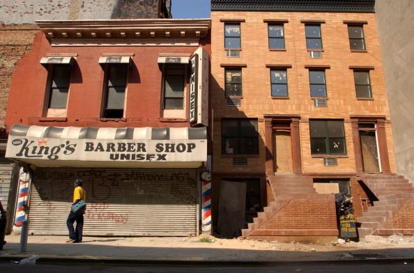 Apartment「Harlem Residents Protest Empowerment Zone」:写真・画像(17)[壁紙.com]
