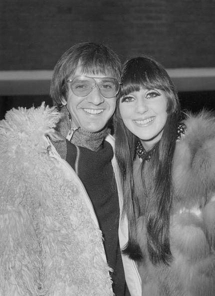Heathrow Airport「Sonny And Cher」:写真・画像(3)[壁紙.com]