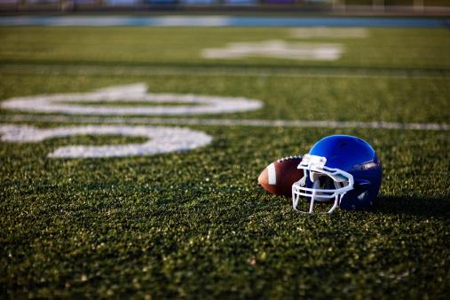 Desaturated「American Football Helmet」:スマホ壁紙(12)