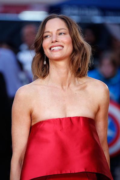 """Sienna Guillory「""""High-Rise"""" - Red Carpet - BFI London Film Festival」:写真・画像(5)[壁紙.com]"""