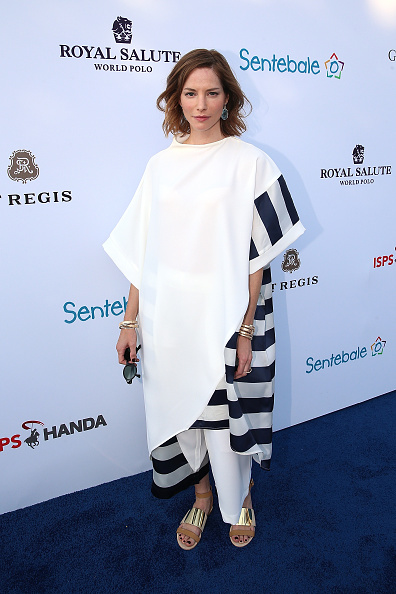 Sienna Guillory「Sentebale Polo Cup Presented By Royal Salute World Polo In Abu Dhabi With Prince Harry - Red Carpet」:写真・画像(13)[壁紙.com]