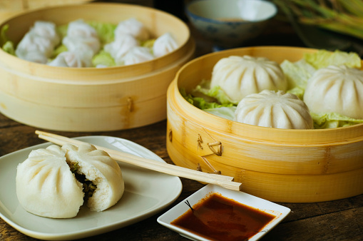 Chili Sauce「Asian dumpling in steamer with cabbage」:スマホ壁紙(9)