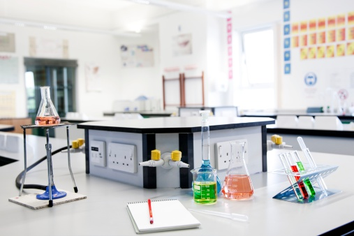 Bench「Science classroom」:スマホ壁紙(5)