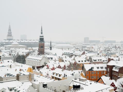 Copenhagen「Snow covered rooftops in Copenhagen」:スマホ壁紙(14)