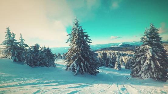 スノーボード「雪で覆われた山」:スマホ壁紙(12)
