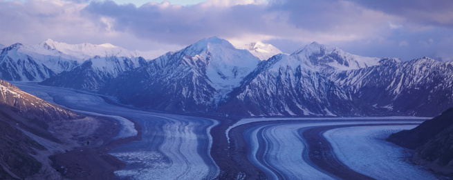 Kaskawulsh Glacier「Snow Covered Mountains」:スマホ壁紙(2)