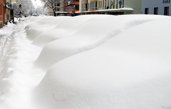 Jan Pitman「Snow Causes Chaos In Southern Germany」:写真・画像(19)[壁紙.com]