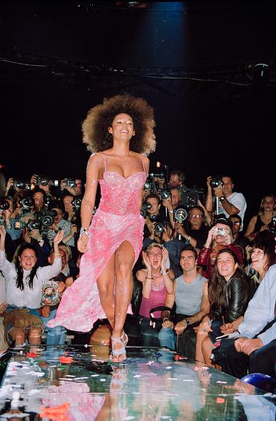 ロンドンファッションウィーク「Mel B」:写真・画像(6)[壁紙.com]